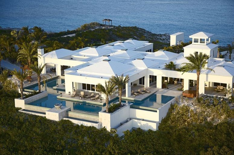 luxury vacation rentals agency middle east